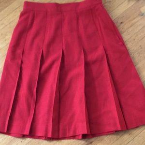 Jones New York red pleated skirt 8